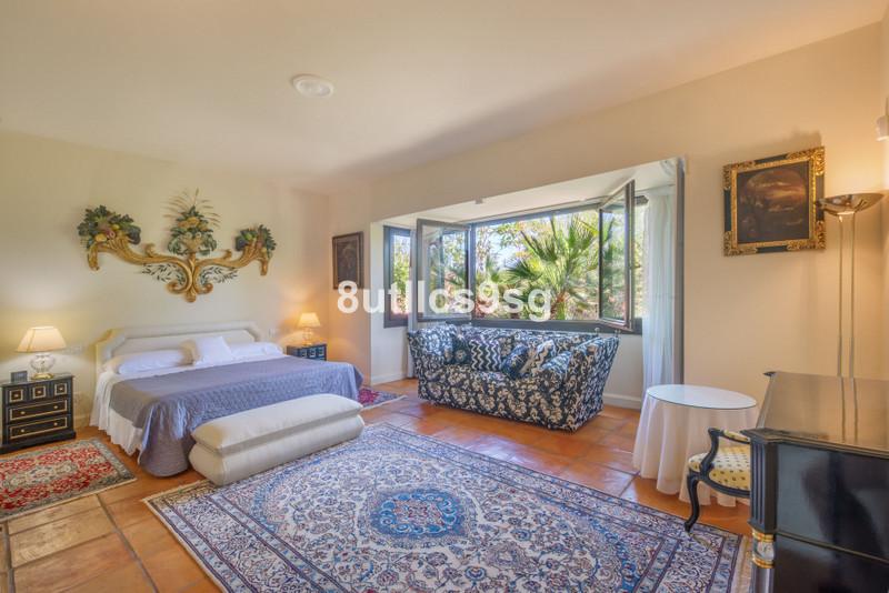Villa – Chalet en venta en La Quinta – R3545605