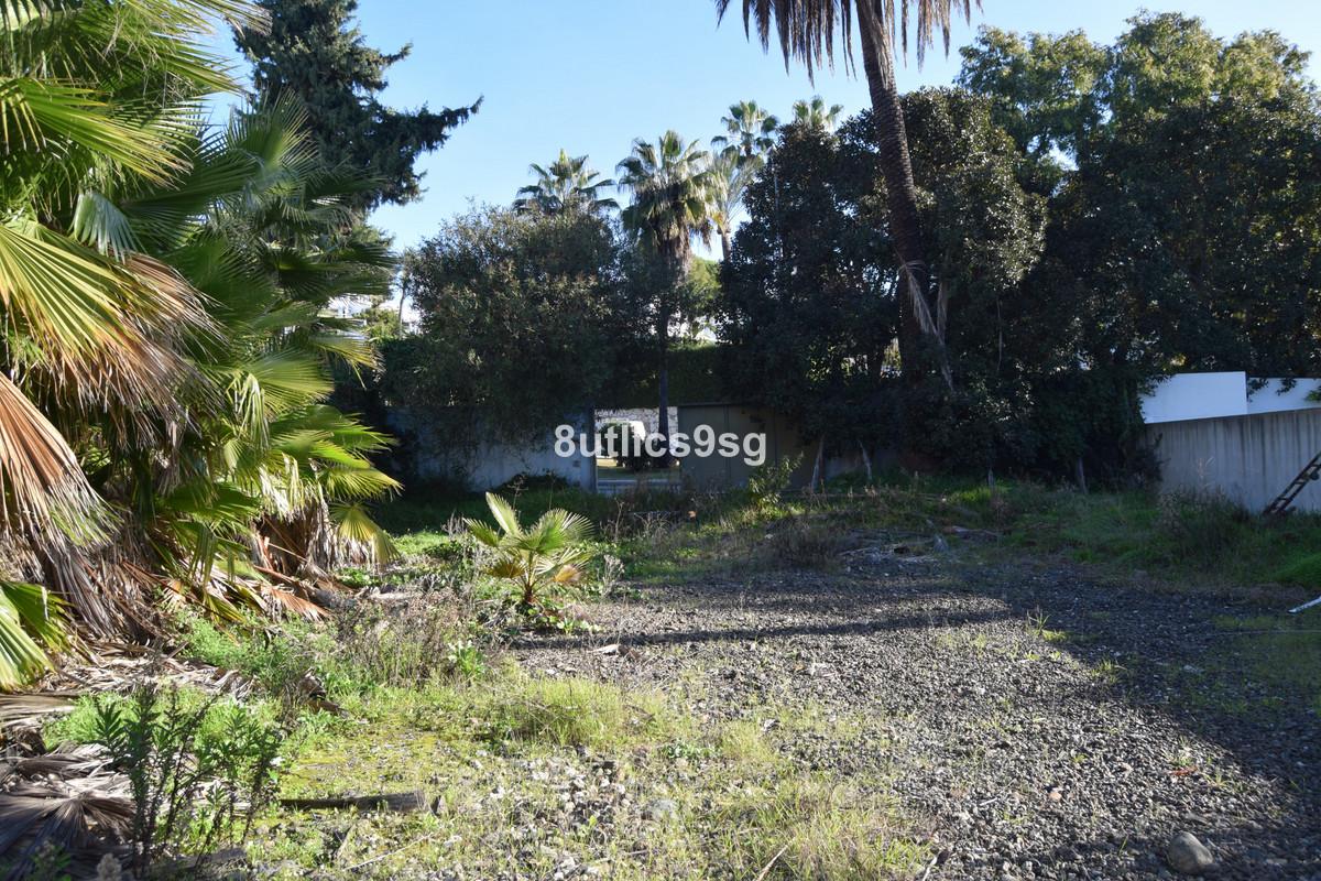 R3545302 | Land in Nueva Andalucía – € 599,000