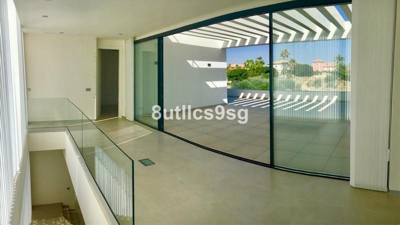 Villa – Chalet en venta en The Golden Mile – R3545308