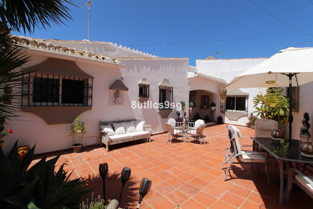 Beautiful, cozy and completely renovated traditional villa in Nueva Andalucia, in the area of ??La C, Spain