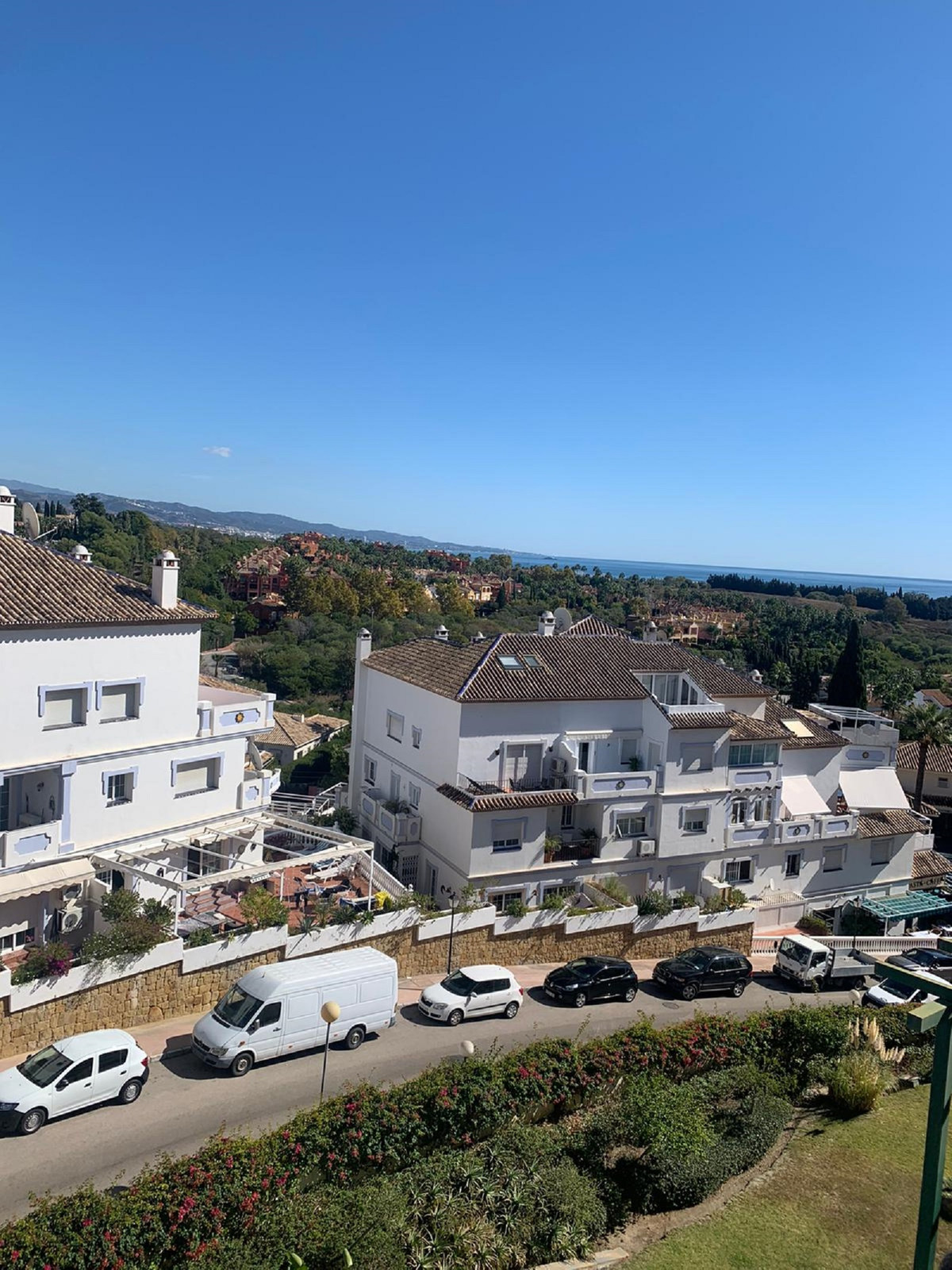 2 bedroom and 2 bathroom Duplex Penthouse is set over 2 floors. Situated in a gated and secure devel,Spain