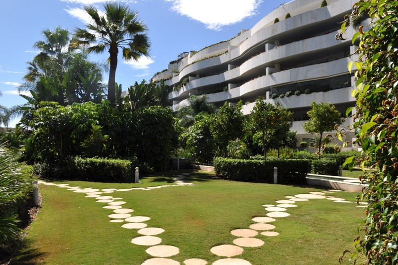 Apartment in Puerto Banus