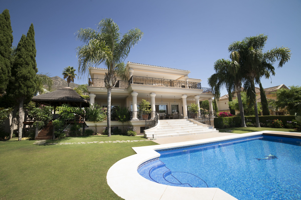 Marbella Banus Villa – Chalet en Venta en Sierra Blanca – R3501475