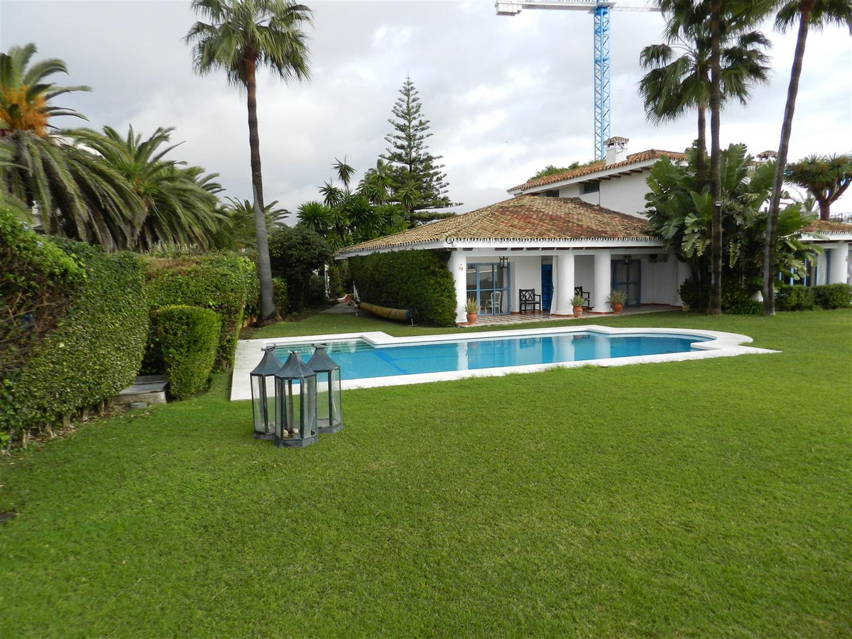 Long Term Rental in Guadalmina Baja