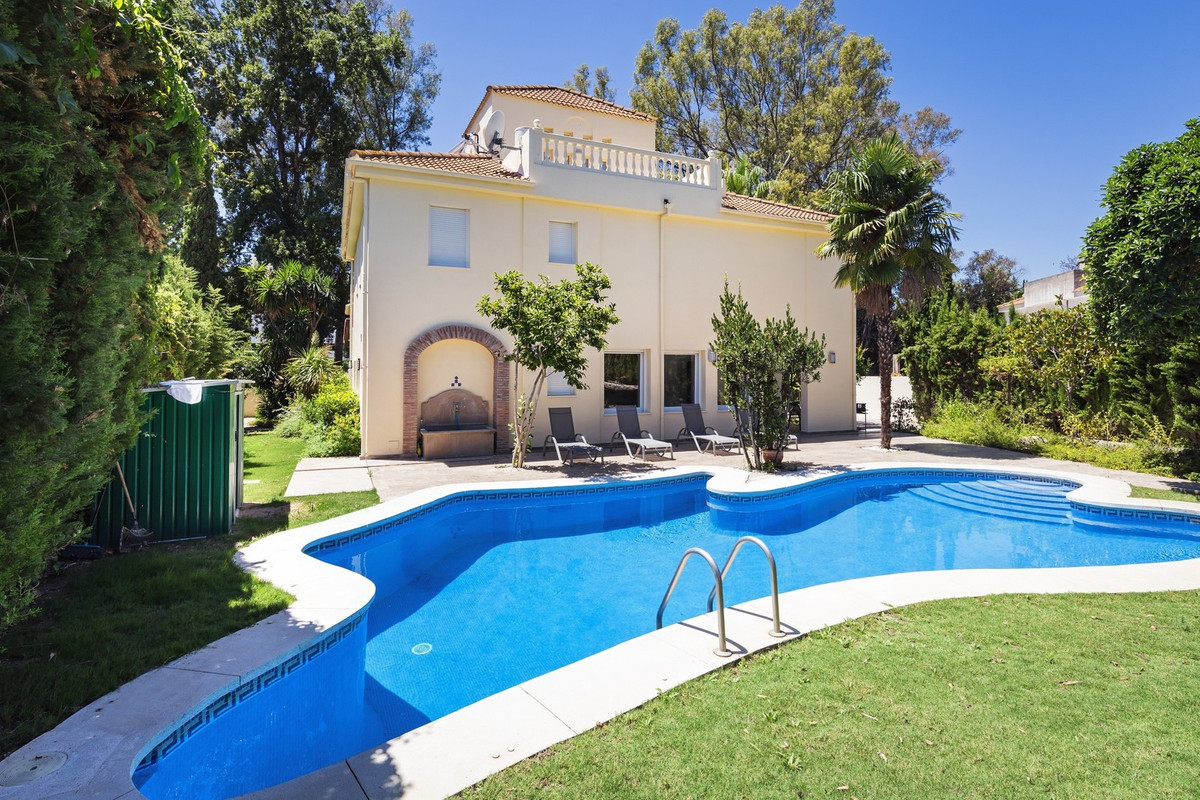Long Term Rental in Nueva Andalucia