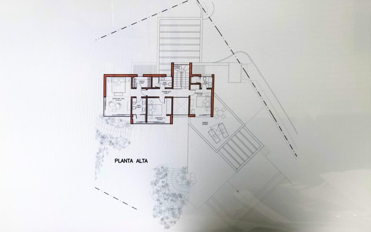 Villa – Chalet en Venta en El Paraiso – R3605009