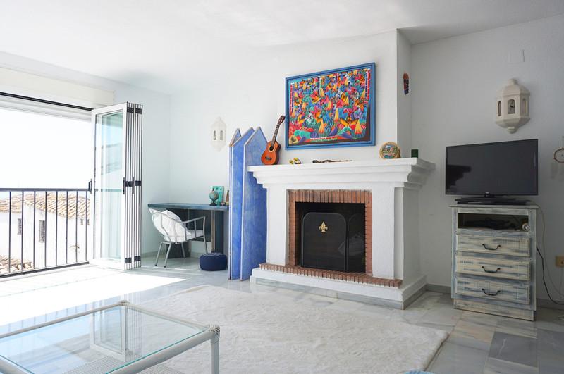 Apartamento Planta Media en venta en Marbella – R3605228