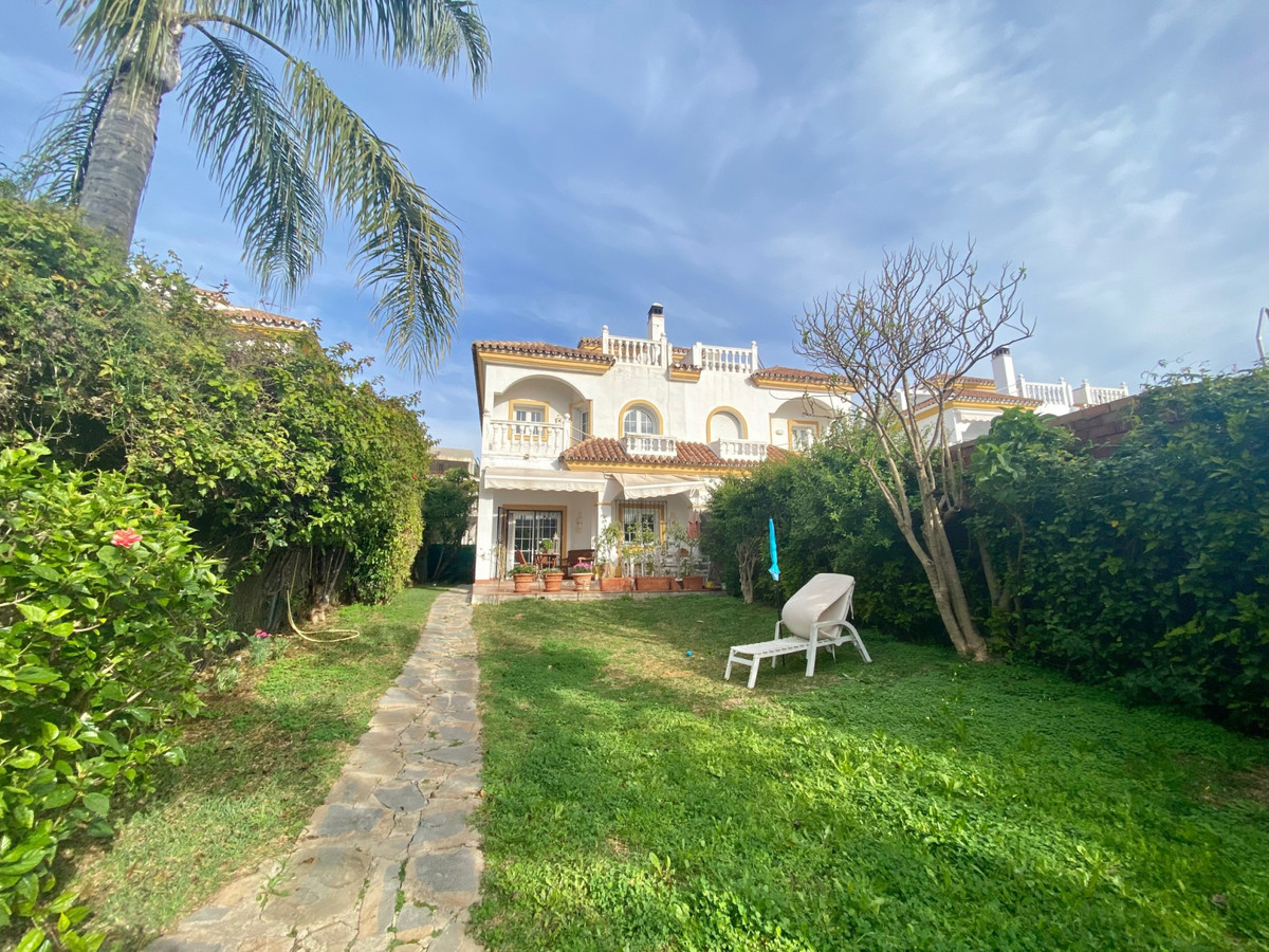 Semi-detached house for sale on the Golden Mile at walking distance to amenities and the beach. This,Spain