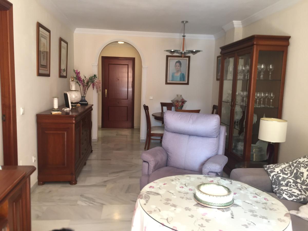 Marbella Banus Apartamento en Venta en San Pedro de Alcántara – R3874987