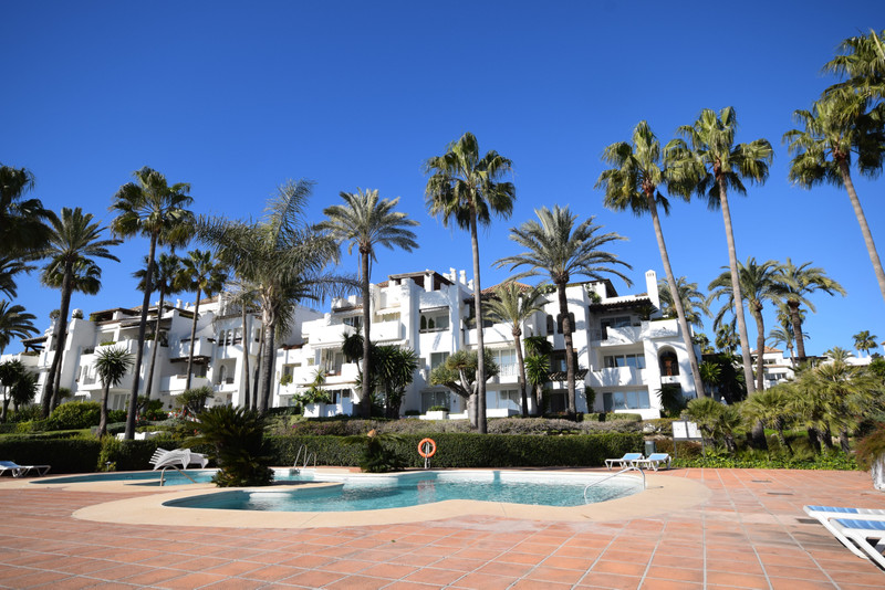 PROPERTY FOR SALE ALCAZABA BEACH (Estepona) 7