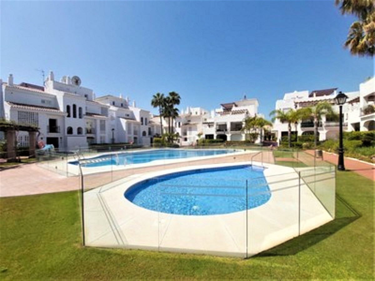 Beautiful south facing large apartament located only 200 m from the beach in San Pedro Playa, in a s,Spain