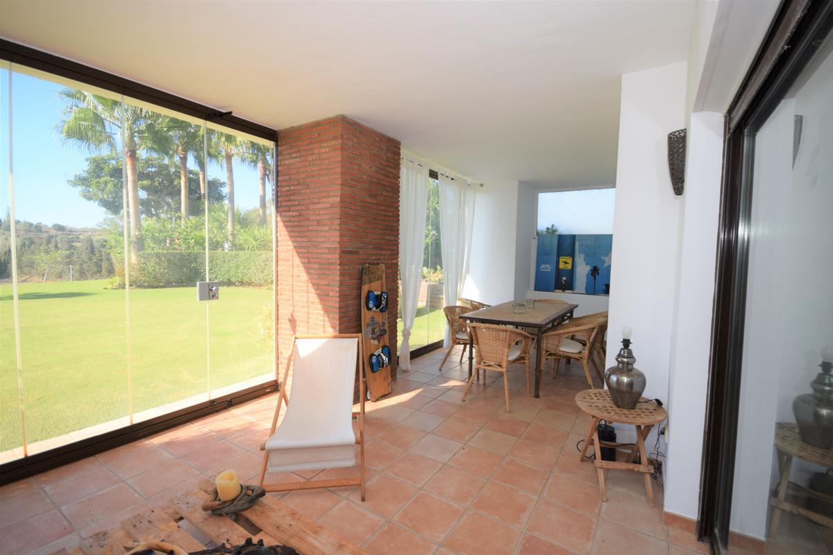 Apartamento Planta Baja en Venta en New Golden Mile – R3514399