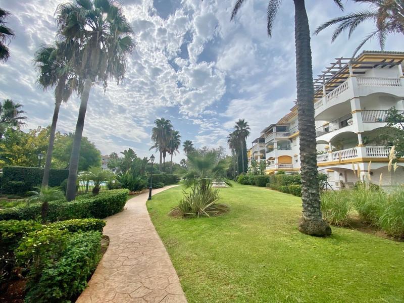 Marbella West 10