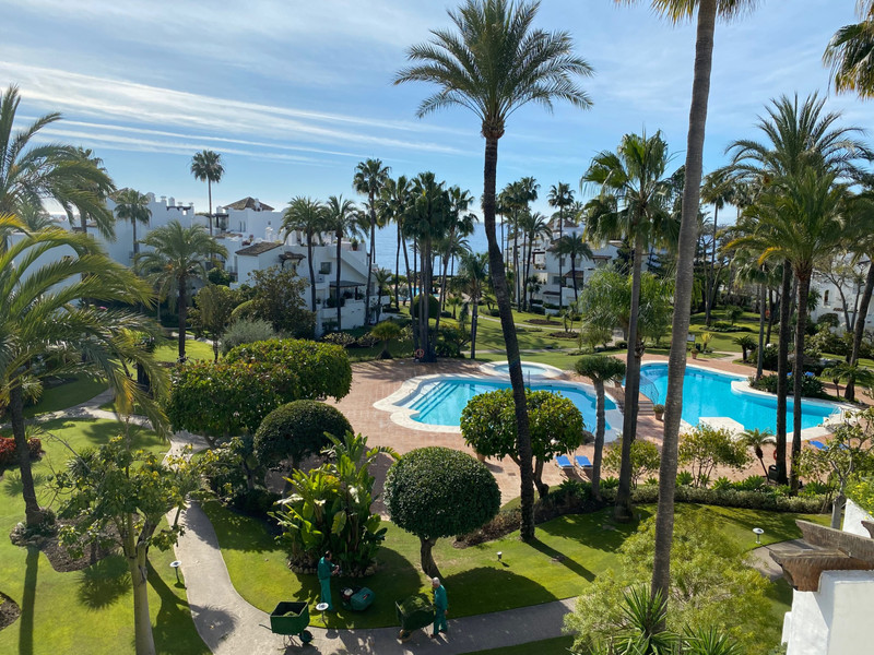 PROPERTY FOR SALE ALCAZABA BEACH (Estepona) 21