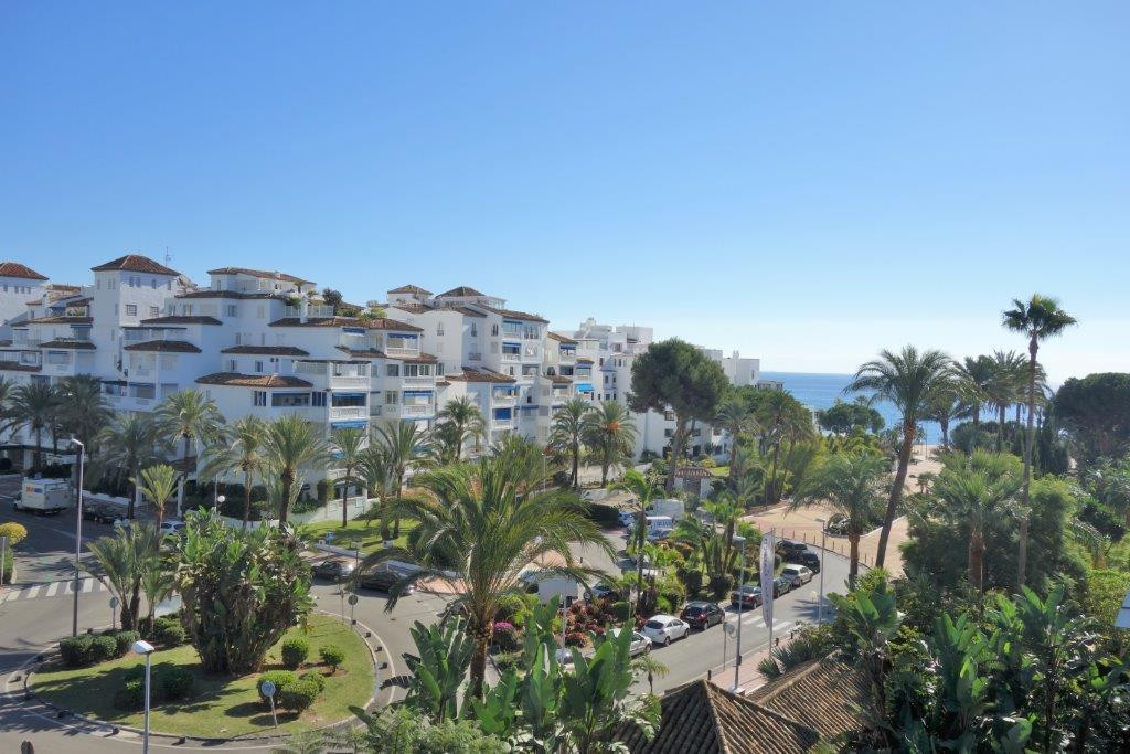 Apartment for sale in Marbella - Puerto Banus - Marbella - Puerto Banus Apartment - TMRO-R3052195