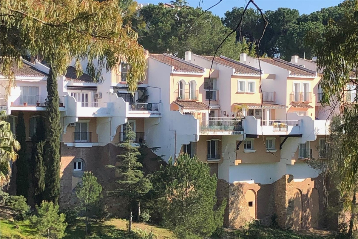 Townhouse for sale in La Quinta, first-line Golf and a few steps away from the 5-star The Westin La ,Spain