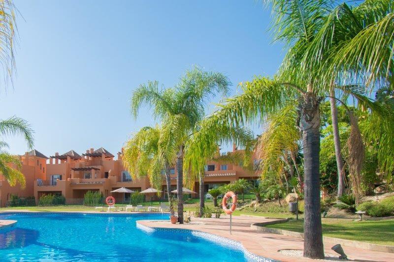 Marbella Banus Townhouse à vendre à El Paraiso - R3211861