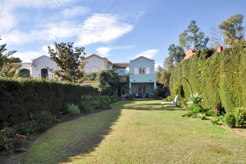 Casa en venta con 199 m2, 3 dormitorios  en Guadalmina (Marbella (Muni