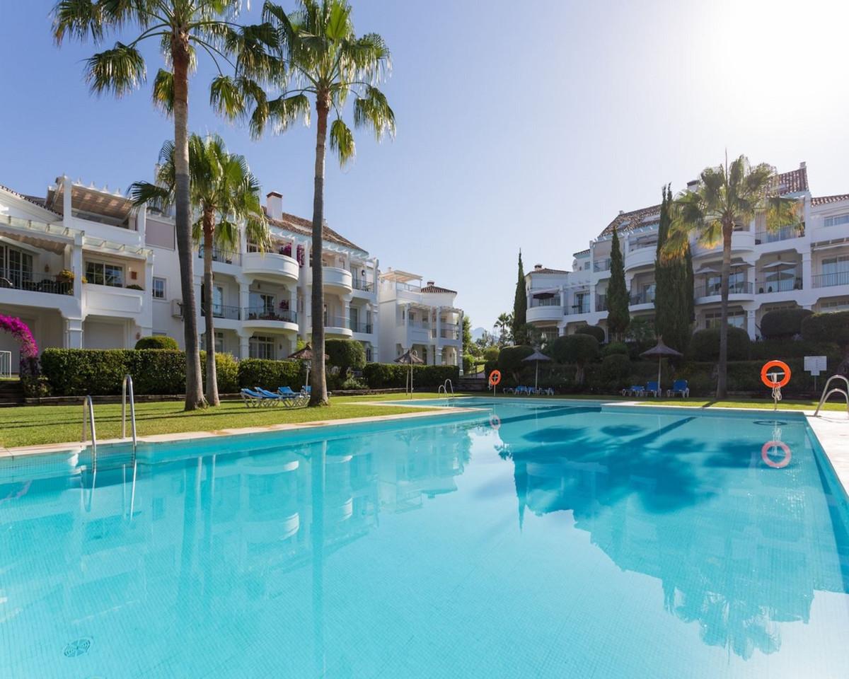 Marbella Banus Apartamento Planta Media en Venta en Guadalmina Alta – R3462055