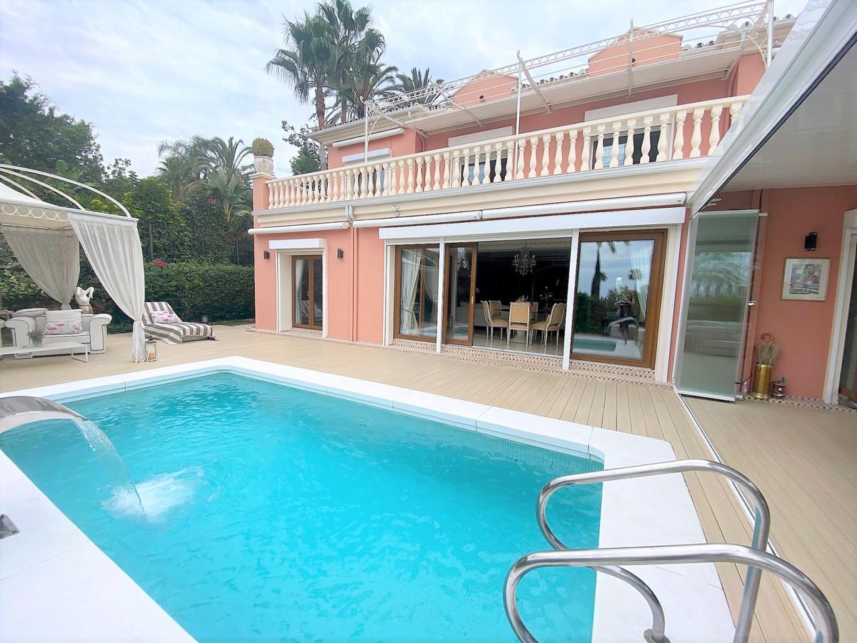 Detached Villa for sale in Nagüeles R3019724