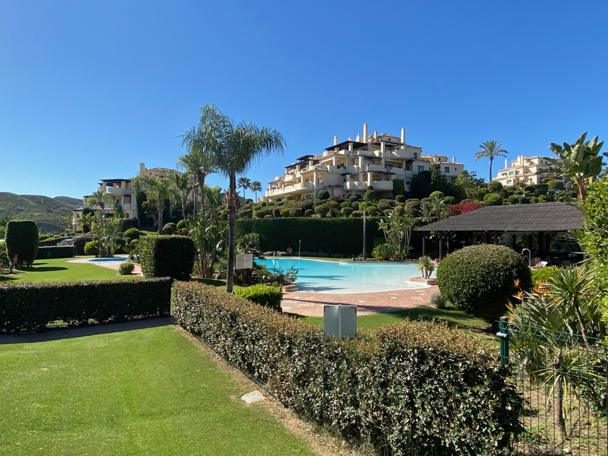 This 4 bed west facing apartment is situated in the gated comunity Capanes del Golf, which has 5 swi,Spain