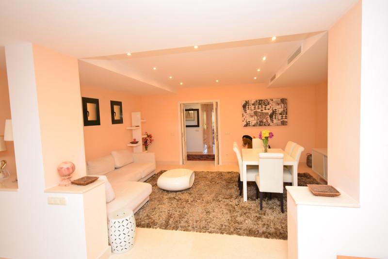 Apartamento Planta Baja, Benahavís – R3447775