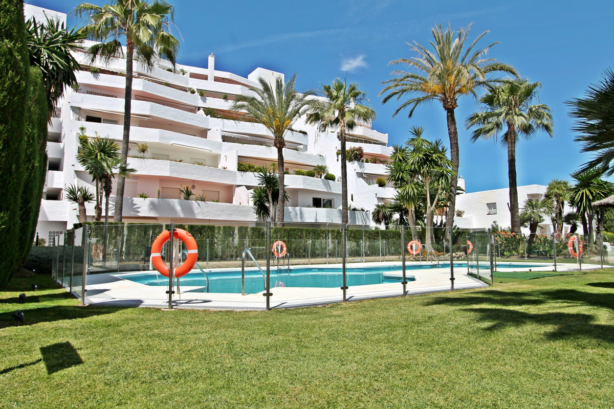 Apartment for sale in Nueva Andalucia - Nueva Andalucia Apartment - TMRO-R1978193