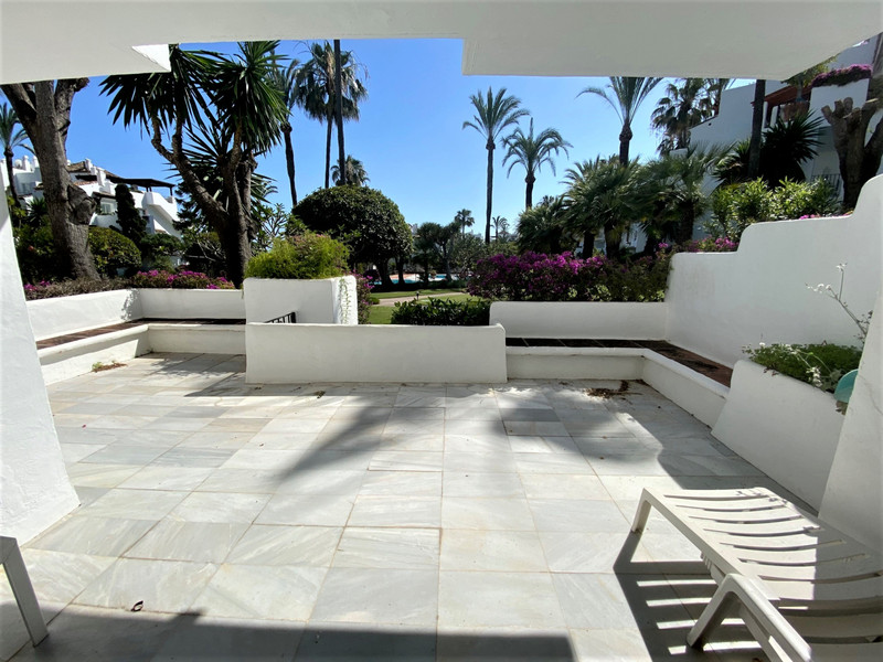 Absolute Prestige - Property for sale Marbella and Puerto Banus 9