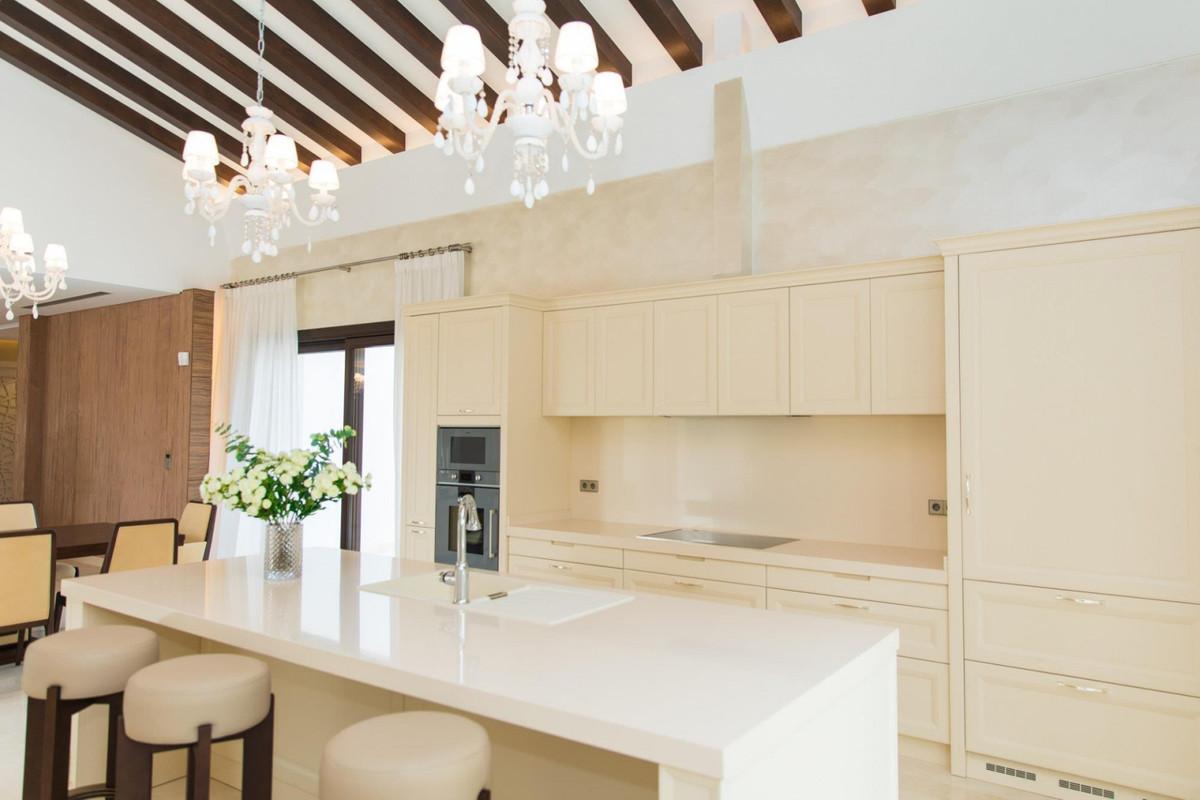 Villa – Chalet en Venta en Nueva Andalucía – R2979956