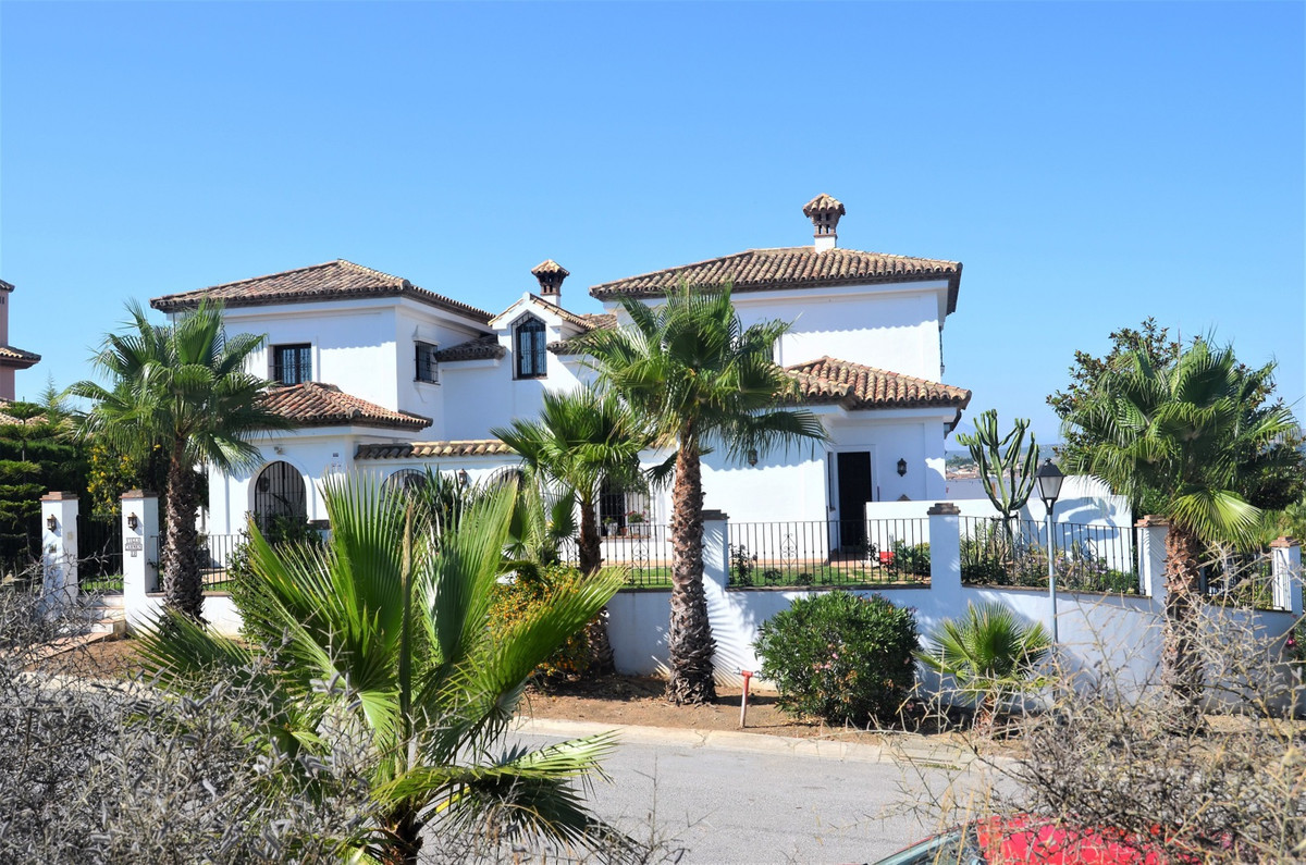 Charming mediterranean style villa, located a luxury residential area of lower Sotogrande, 5 min dri, Spain