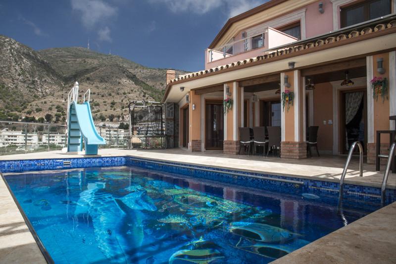 Marbella Banus Villa – Chalet en venta en Benalmadena – R3436798