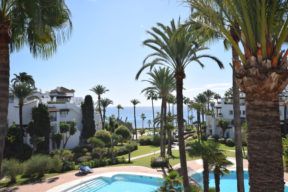 Frontline beach apartment, 3 bedroom duplex - penthouse. Excellent sea views. on the lower level the,Spain
