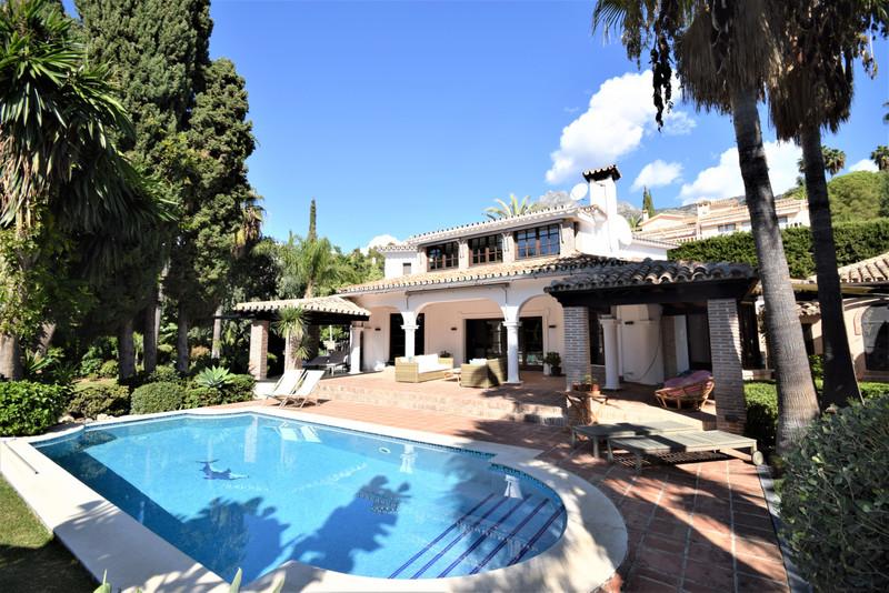 Villa – Chalet en venta en Marbella – R3528127