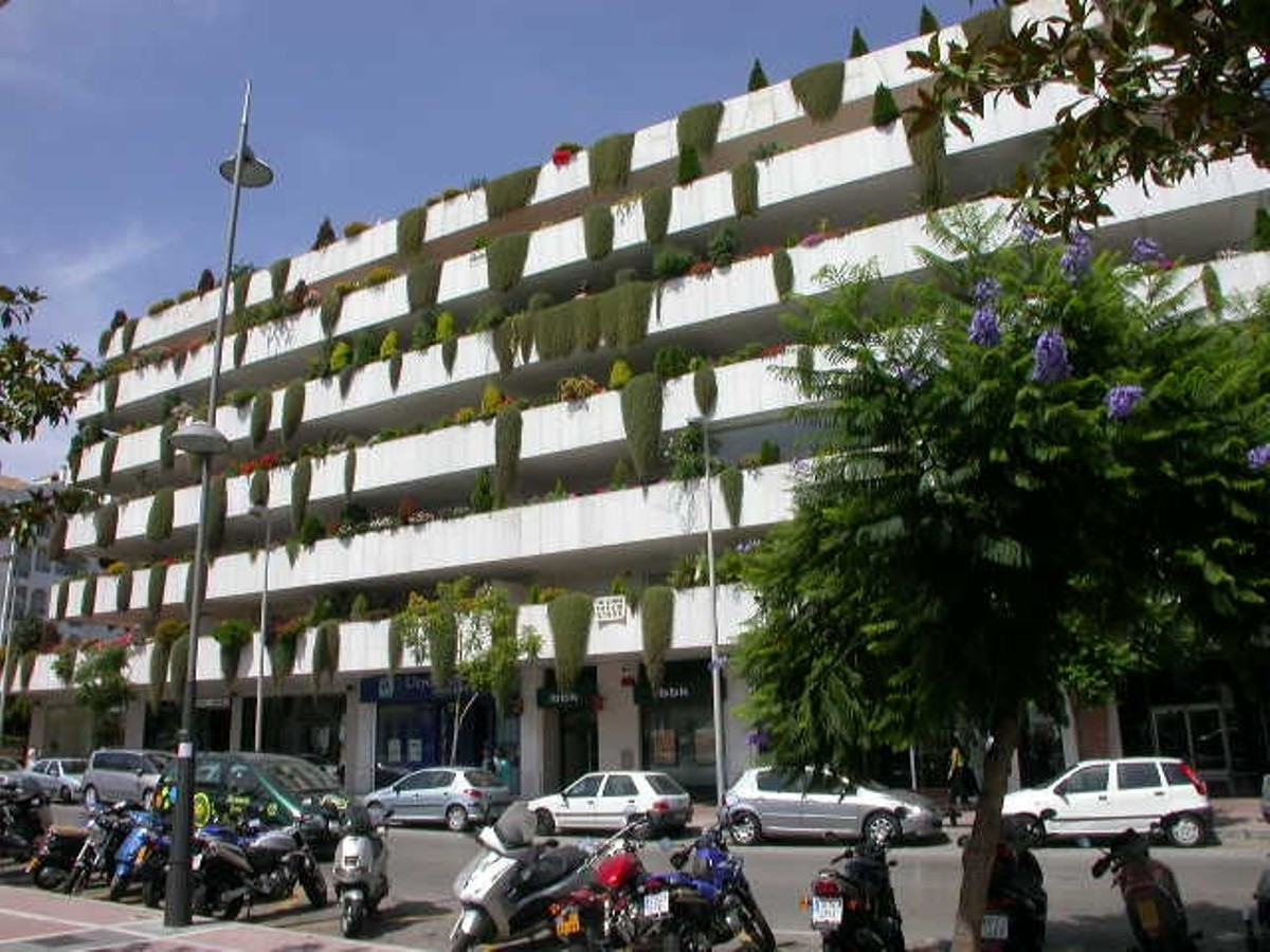 FREEHOLD - Parking space and storage room in underground garage in Puerto Banus, next to all ameniti,Spain