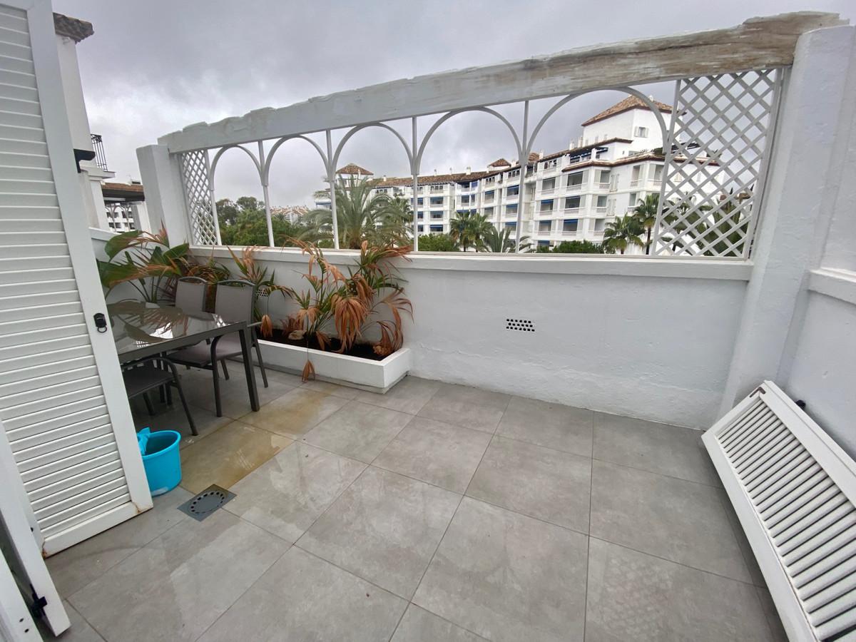 Apartamento en Venta en Puerto Banús – R3386710