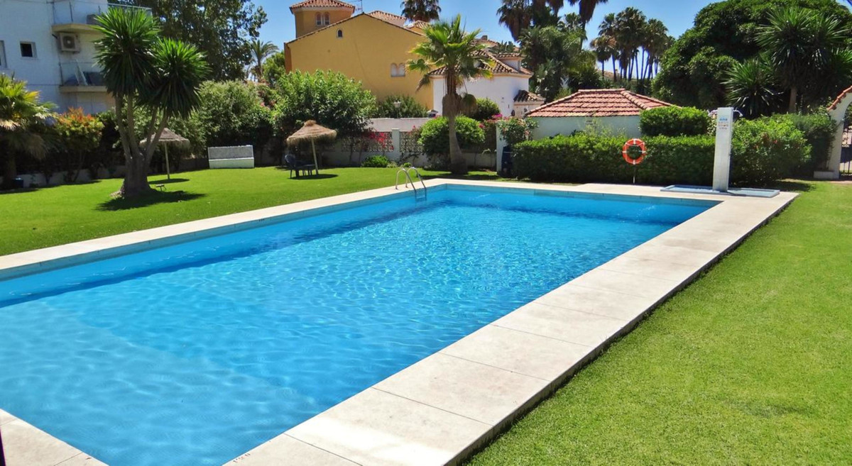 Apartment for sale in Marbella Golden Mile - Marbella Golden Mile Apartment - TMRO-R3050140