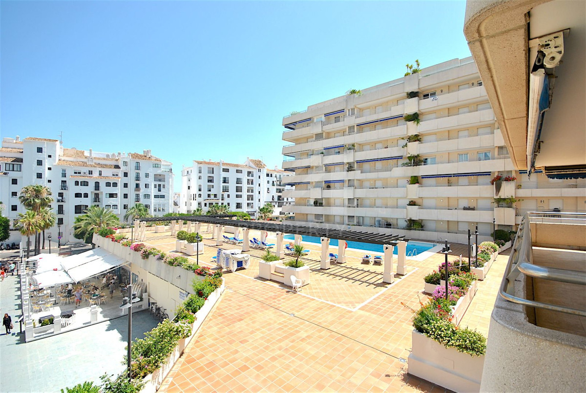 Fantastic opportunity in the centre of Puerto Banus. This apartment consists of 2 bedrooms, 2 bathro,Spain