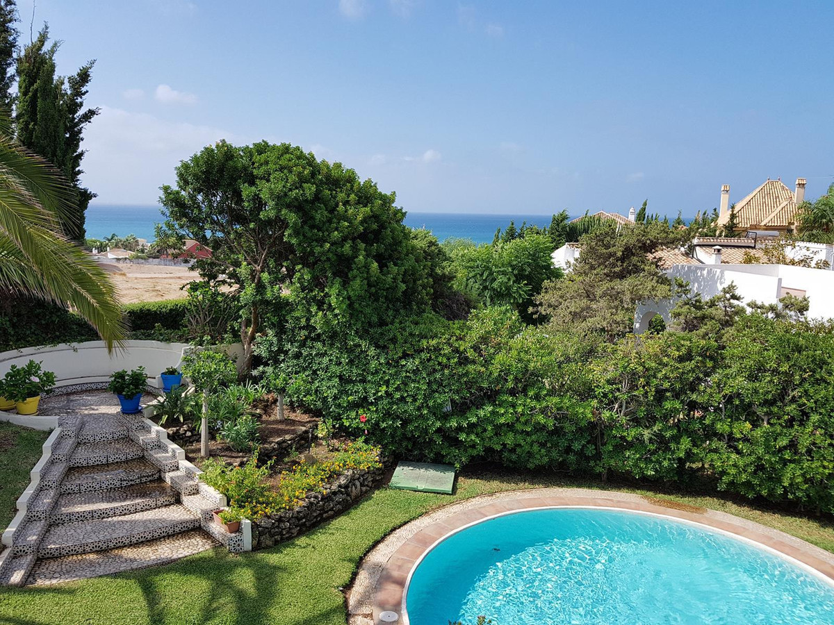 This south facing villa is situated on the beach side in las Chapas at walking distance to the nices,Spain