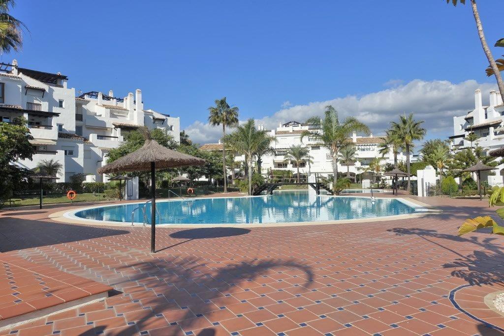 Marbella Banus Apartamento en Venta en San Pedro de Alcántara – R3048254