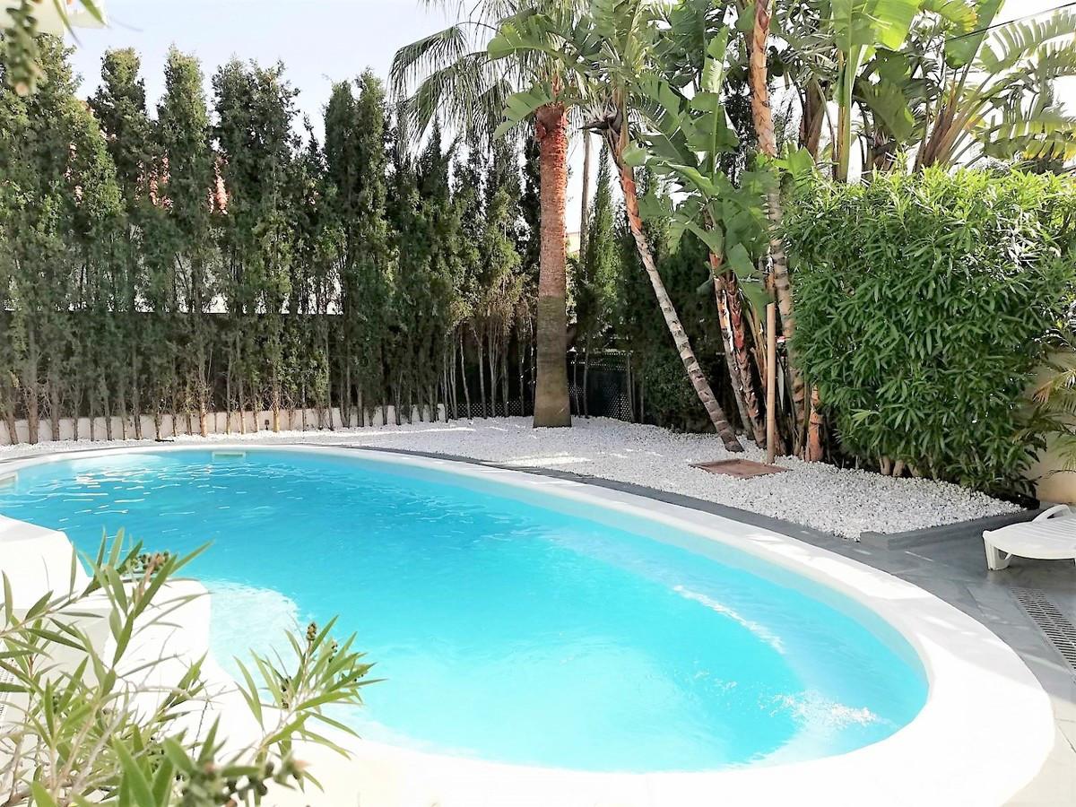 Villa – Chalet en Venta en Nueva Andalucía – R3358702