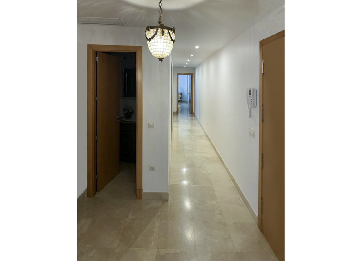 This amazing apartment has 3 bedrooms, 3 bathrooms and 1 bathroom. This is a great opportunity for a, Spain