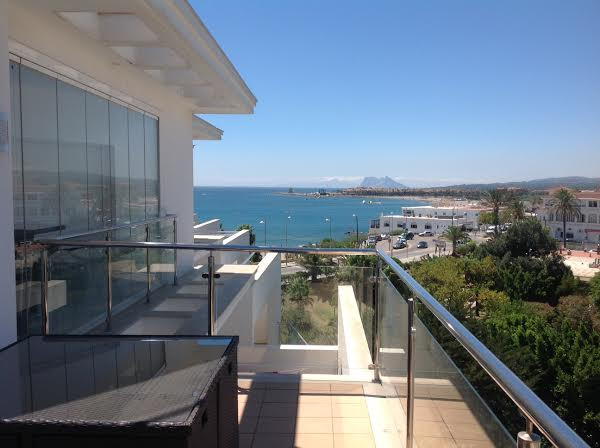 For sale wonderful 1 bedroom apartment with a large terrace (20 sqm covered + 33 sqm uncovered) wher,Spain