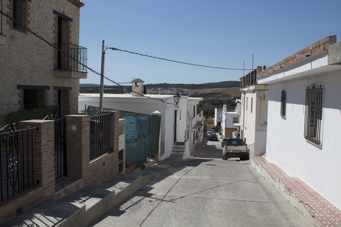 Plot of urban land of 113 m2. located in San Enrique de Guadiaro, with good orientation. It offers m, Spain