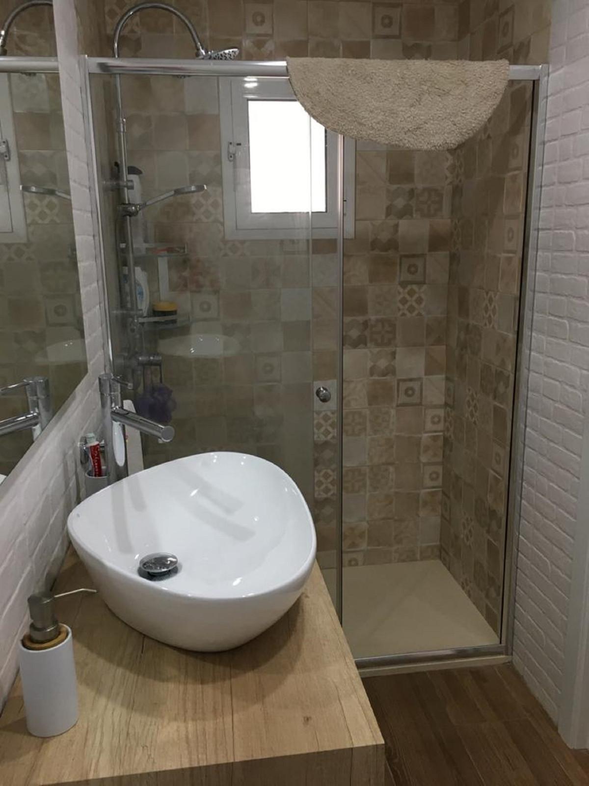 Apartamento con 1 Dormitorios en Venta Torremolinos