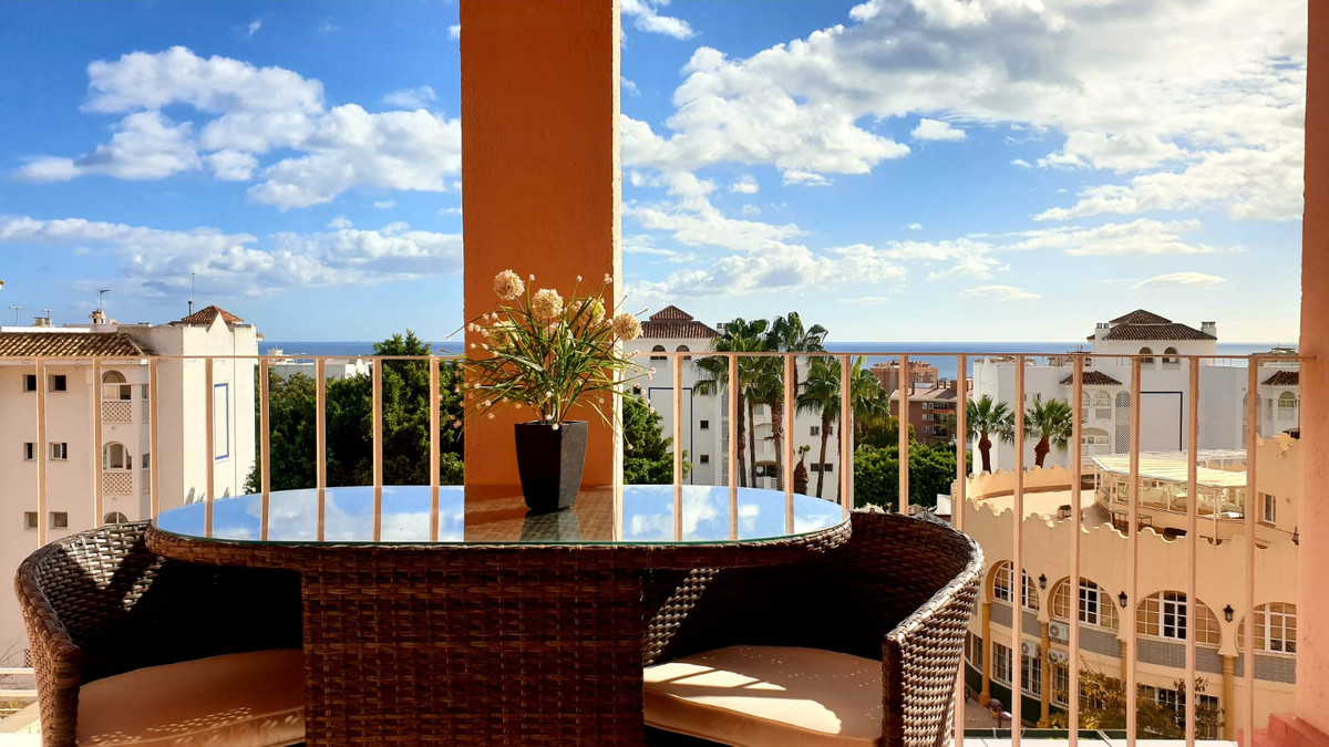 Spacious and bright apartment with a south-facing terrace overlooking the sea and a beautiful promen, Spain