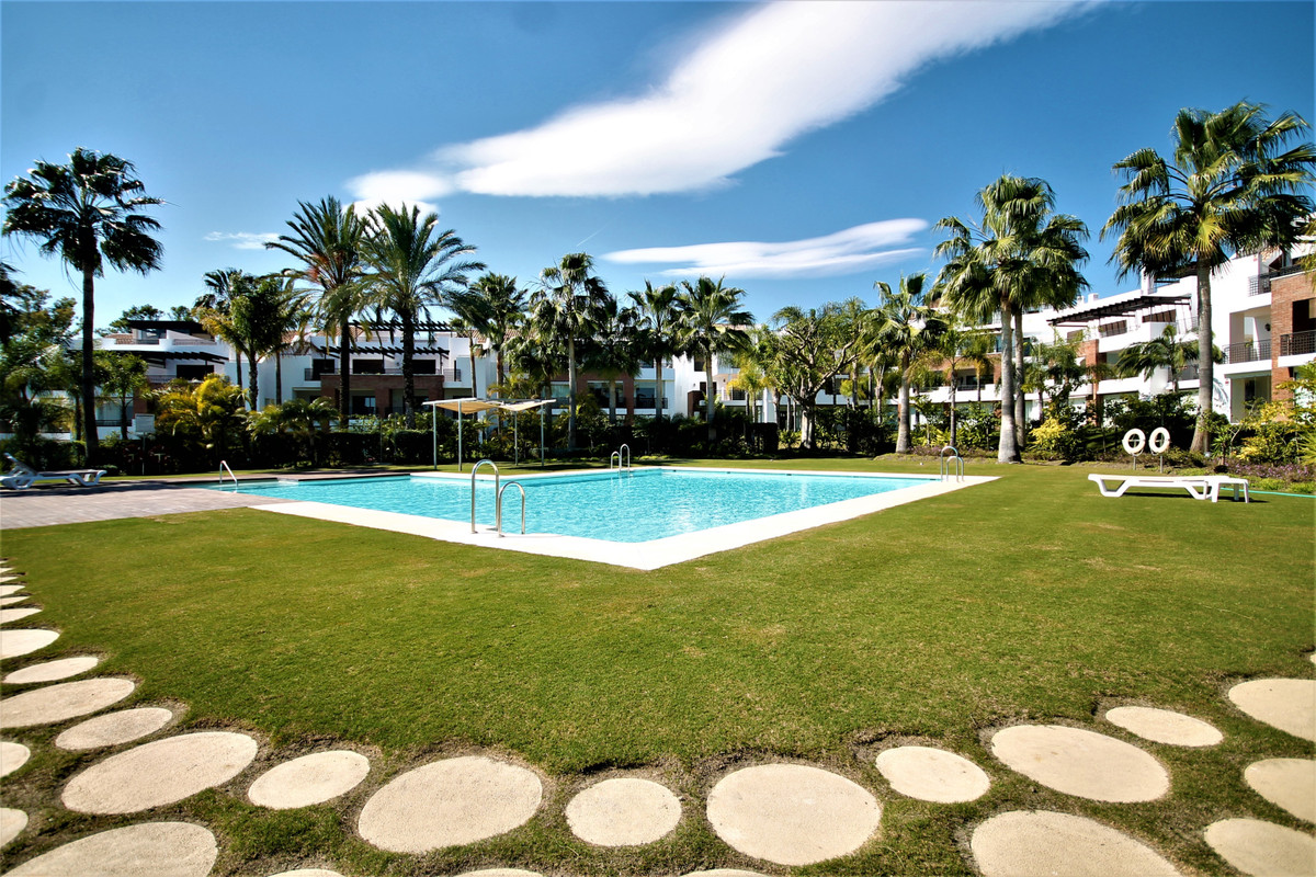 URGENTLY     Magnificent urbanization located in Selwo between Estepona and Puerto Banus with one of, Spain