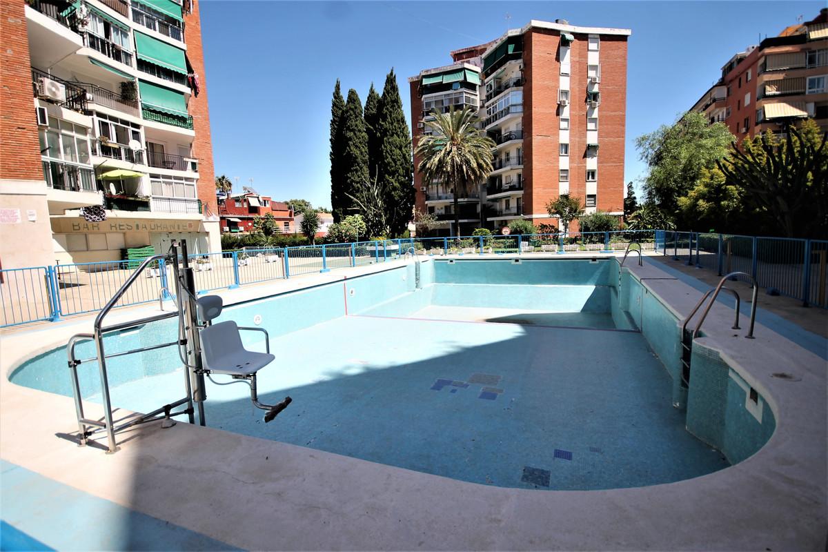 Apartamento 1 Dormitorios en Venta Torremolinos