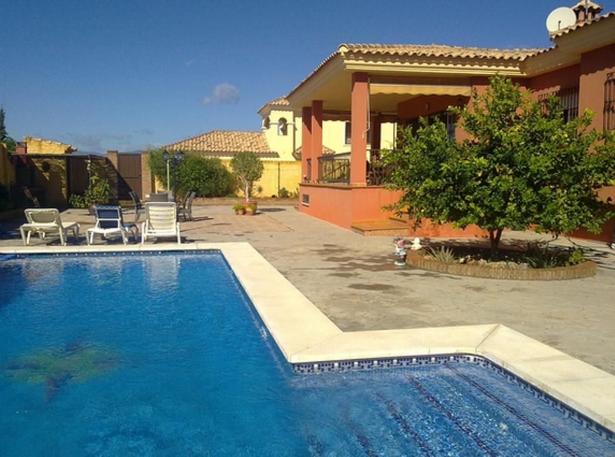 Villa 3 Dormitorios en Venta Marbella