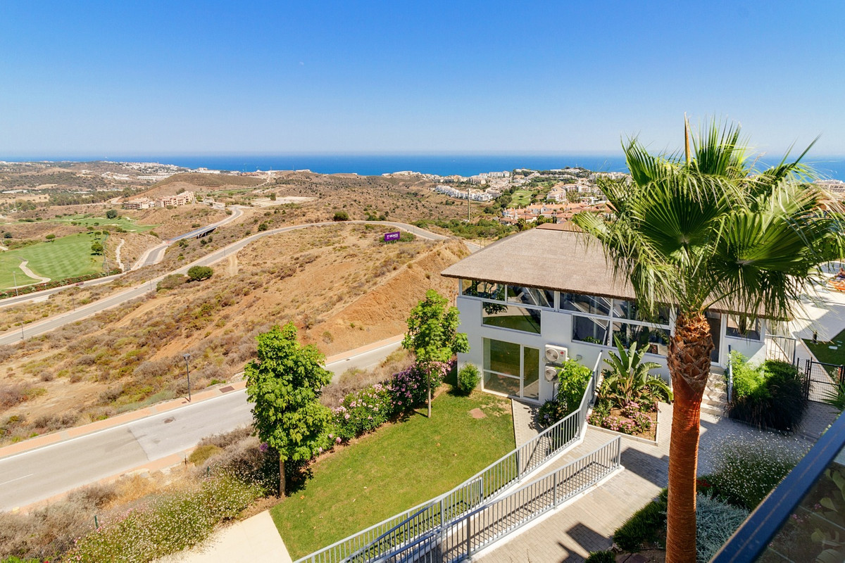 Luxury residence located in Cala de Mijas.  This flat consists of 2 bedrooms and 2 bathrooms with a ,Spain