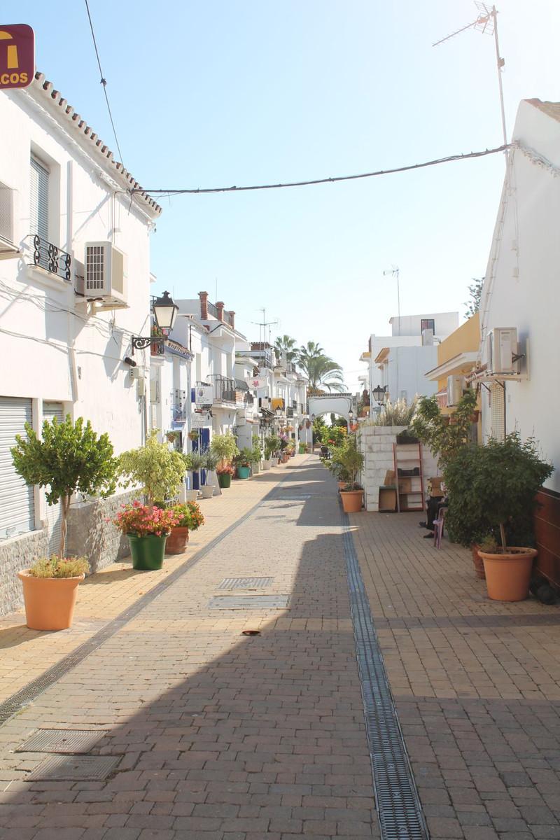 Townhouse - Estepona - R3290773 - mibgroup.es